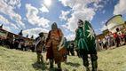Середньовічний фестиваль на Сумщині зібрав рекордну кількість лицарів