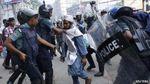 Из-за беспорядков в Бангладеш погибли уже 10 человек, полсотни ранены