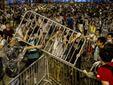 В ходе столкновений в Гонконге пострадали 20 человек
