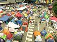 Активисты Гонконга решают судьбу протестного движения на референдуме
