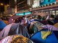 """Гонконгский """"Майдан"""" продолжается (Фото)"""