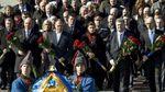 Найактуальніші фото 9 березня: в Україні вшанували Кобзаря, в Ригу прибула американська техніка