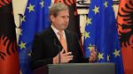 Потепление отношений Беларуси и ЕС: еврокомиссар по расширению впервые за 5 лет посетит Минск