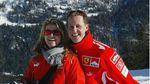 Жена Шумахера продала его самолет и дом