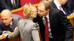 Яценюк-весельчак обменялся с Тимошенко любезностями