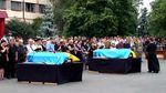 Похоронили пожарных, погибших на нефтебазе под Киевом