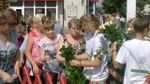 """""""День тиші"""" у Чернігові: люди Корбана """"підкуповують"""" виборців квітами"""