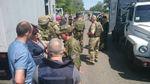 """Україні вдалось вивезти з """"ДНР"""" кілька десятків в'язнів"""
