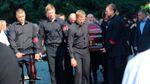 Литвин и другие политики приехали на похороны Еремеева