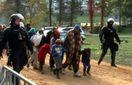 Незадоволені мігранти влаштували пожежу у Словенії