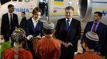 Порошенко розпочав переговори з президентом Туркменістану