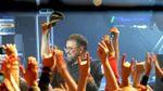 Лидер ДДТ посвятил песню погибшим в Египте: зал встал на колени