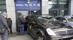 """""""Автомайдан"""" не дочекався Фірташа і заблокував з'їзд, в якому він мав брати участь"""