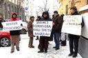 Активисты митингуют против незаконных застроек киевских лесов