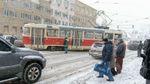 Киевский трамвай слетел с рельсов