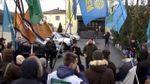 Политические партии требуют выборов в Киеве