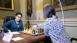 Шахи. Музичук та Хоу Іфань закінчили п'яту партію нічиєю
