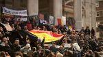 Правые радикалы устроили столкновения у мемориала жертв терактов в Брюсселе