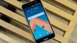 """Новый флагман от HTC и """"умная"""" мебель, которой можно управлять через смартфон"""