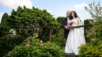 Юна дружина Гаврилюка похвалилась чуттєвими весільними фото