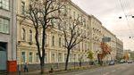 Патріотичний флешмоб у Києві: ще одна будівля стала більш українською