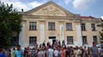 Ромы согласились выехать из Одесской области: автобусы уже готовы