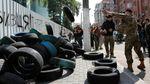 """Активисты договорились с """"Интером"""" и приостанавливают блокаду"""