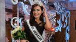 """Кримська красуня показала патріотичний костюм, який везе на """"Міс Всесвіт-2016"""""""