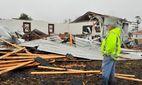 З'явилися шокуючі фото нищівного торнадо в США
