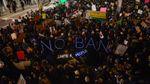 Мігранти проти Трампа: як виглядають багатолюдні протести в аеропортах США