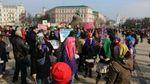 Чоловіків на феміністичному марші у Києві облили зеленкою: з'явились фото