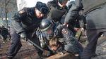 Як правоохоронці знущалися на затриманими на акції протесту у Москві: заява правозахисників