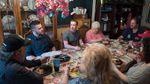 Цукерберг удивил семью из Огайо, приехав к ним в гости
