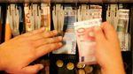 Курс валют на 4 травня: долар і євро не сильно, але здешевшали