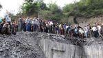 Внаслідок вибуху на шахті в Ірані заблоковані понад півсотні гірників