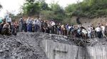 В результате взрыва на шахте в Иране заблокированы свыше полусотни горняков