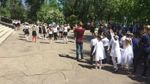 Боевики цинично обстреляли Красногоровку, когда дети вышли почтить память ветеранов