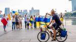 Неймовірна історія: українець проїхав з Одеси до Сингапура на велосипеді