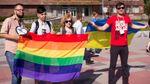 Участников ЛГБТ-флешмоба избили в Запорожье: опубликовано видео