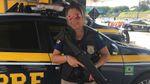 Полицейская-модель из Рио-де-Жанейро снимается в горячих фотосессиях: фото