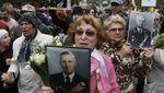 """Участники """"Бессмертного полка"""" выступили за убийство украинцев на Донбассе"""