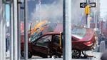 Палаюча машина і розкидане по асфальту взуття: страшна аварія на Таймс-Сквер у фото