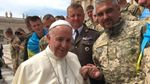 Папа Римский встретился с украинскими военными из зоны АТО: фото