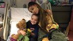 Ариана Гранде посетила раненых детей после теракта в Манчестере: трогательные фото