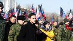 """В сети пишут, что сын террориста """"Гиви"""" будет учиться в Украине"""