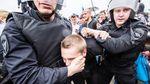 """""""Майданная паранойя"""", или Почему Россия пока не готова повалить режим Путина"""
