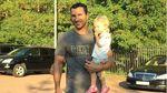 Кличко устроил тренировку с маленькой дочерью: трогательное видео