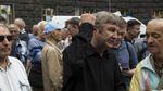 Столкновения и наезд на толпу произошли под Кабмином в Киеве