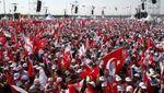 На акцію протесту в Стамбулі, яка тривала 3 тижні, вийшли десятки тисяч людей