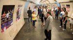 Оригінальну фотовиставку відкрили в столичному метро: з'явилось відео